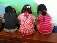 100704_kids_girls.jpgのサムネール画像